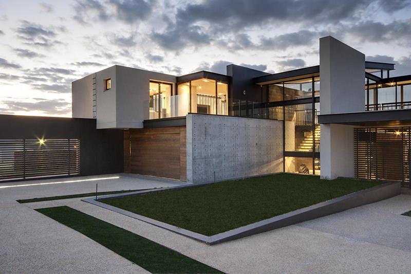 Concreto, vidro e alumínio: estilo e personalidade